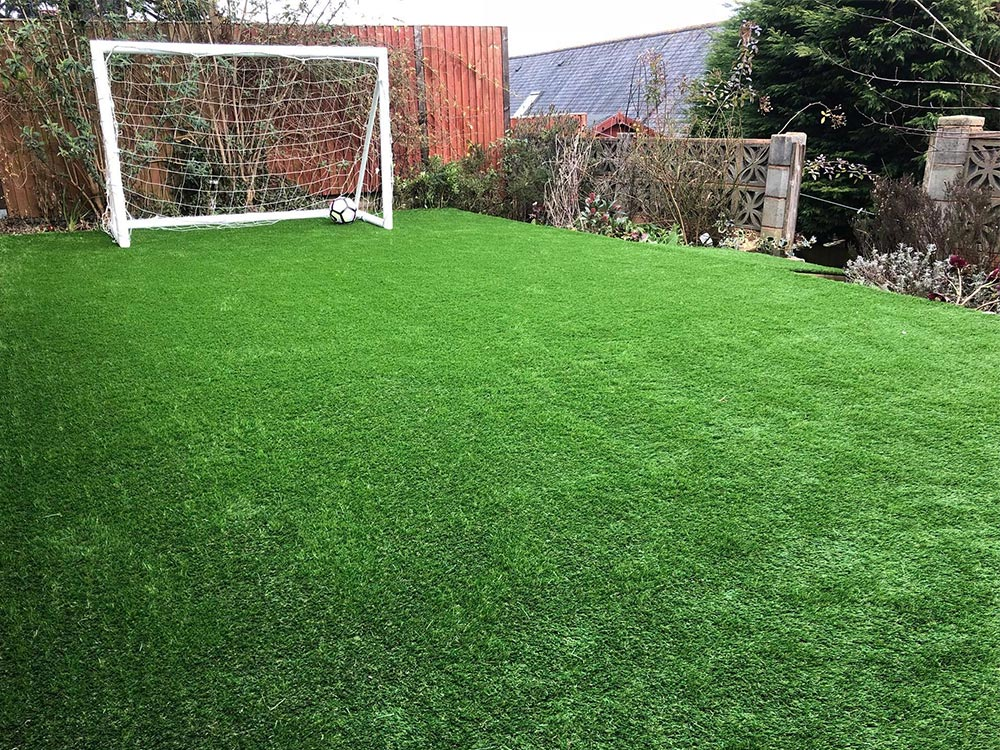 New artificial grass area in Exmouth for football playing kids by Alpyne Grass
