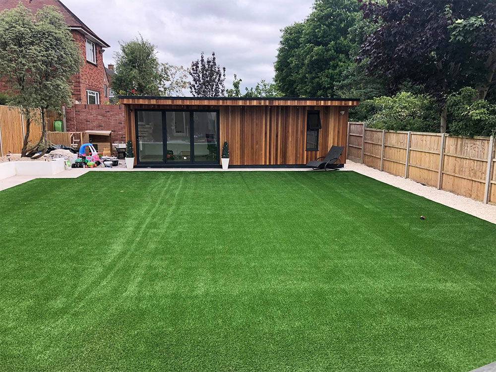 Large lawn in Exeter